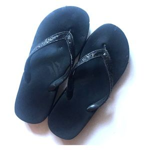 Shoes - Black Glittery Flip Flops